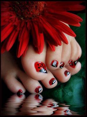 Come fare una nail Art coccinella  Nail Art  Donnee.it