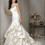 abiti da sposa avorio raso