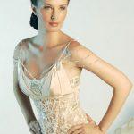 abiti da sposa particolare gioielli