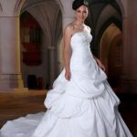 abiti da sposa pomposo