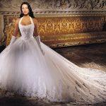 abiti da sposa strascico lungo