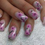 nail art primavera fiori di pesco