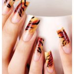nail art tigrata