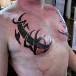 tatuaggi-tribali-petto-11